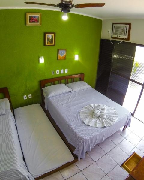 http://pousadacavalomarinho.com.br/uploads/apartamentos/capas/apartamento-apartamento-quadruplo-casa-com-vista-mar-ala-standard.jpg