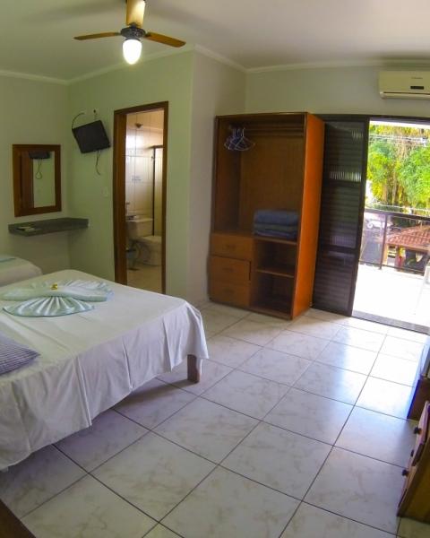 http://pousadacavalomarinho.com.br/uploads/apartamentos/capas/apartamento-apartamento-triplo-casal-sem-vista-mar-ala-luxo.jpg
