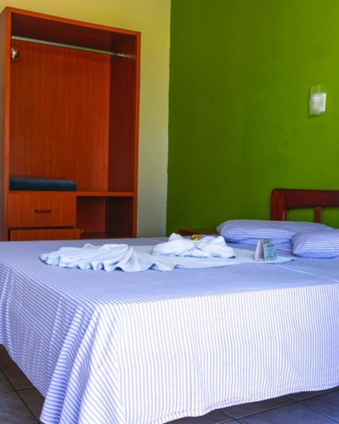 https://pousadacavalomarinho.com.br/uploads/apartamentos/capas/apartamento-apartamento-duplo-casal-ala-standard.jpg